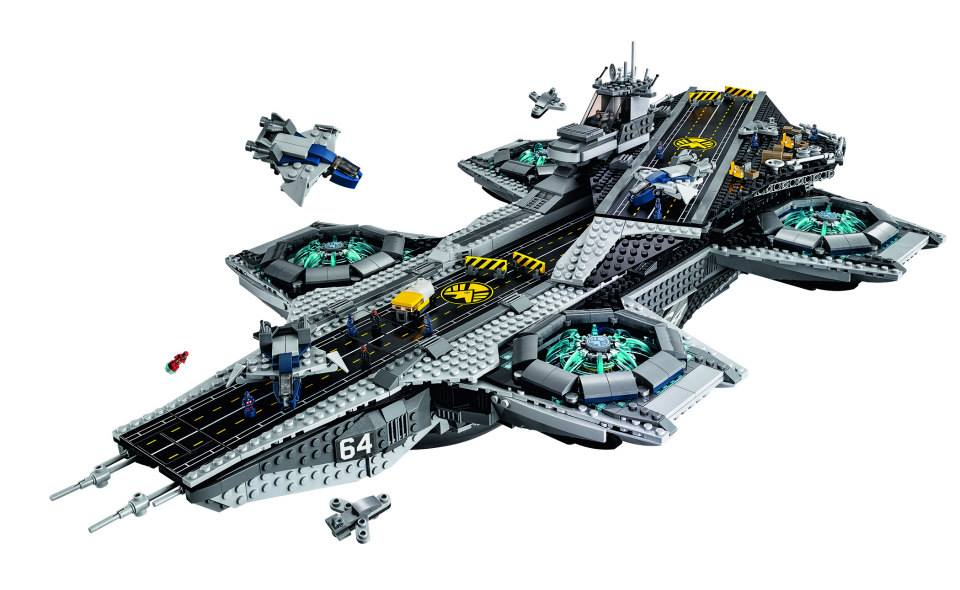 LEGO Avengers SHIELD Helicarrier Pictures