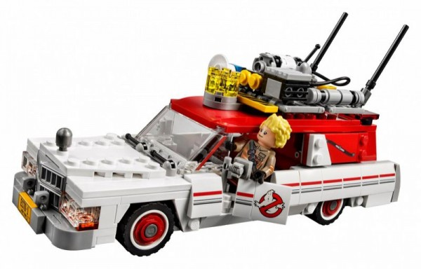 First Look at New LEGO Ghostbusters Set Ecto 1 and Ecto 2 75828