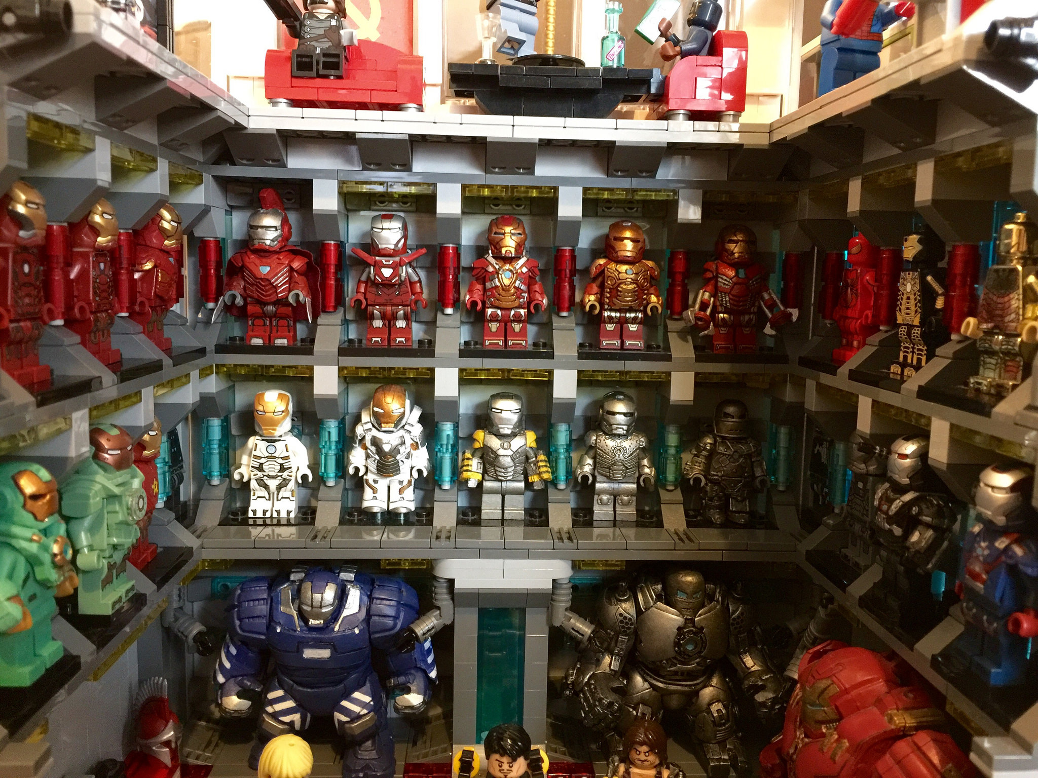 lego black iron man